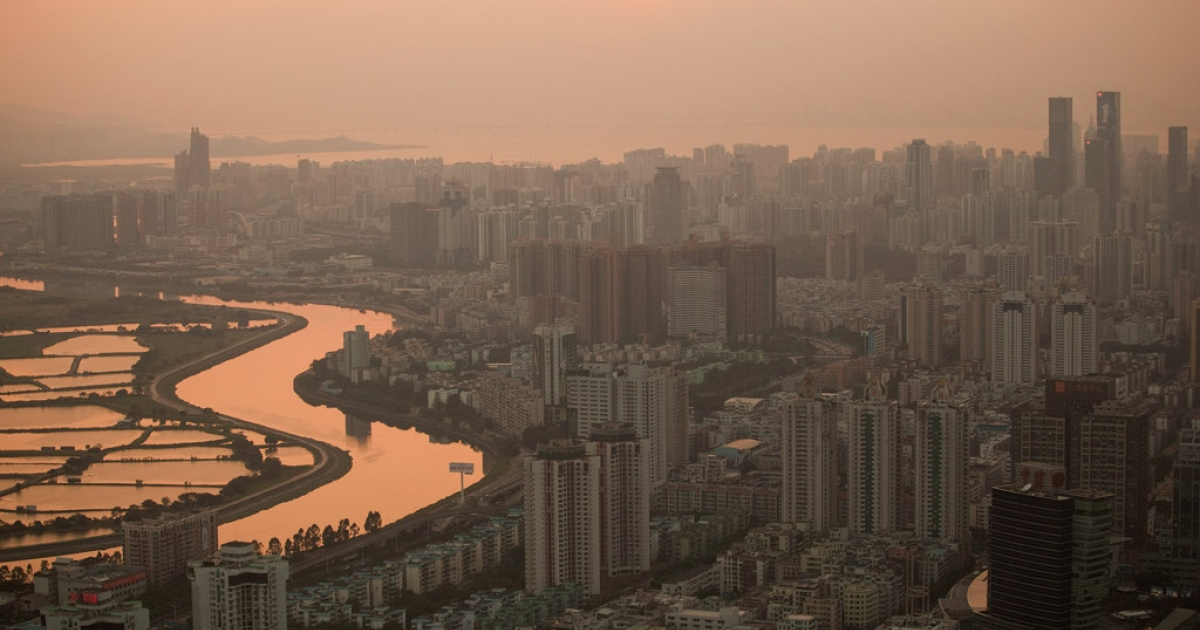 The Shenzhen river dividing Hong Kong and Shenzen stretches into the distance on November 28, 2010 in Shenzhen, China. According to the US Commercial Service, Shenzhen is one of the fastest growing cities in the world.</p>