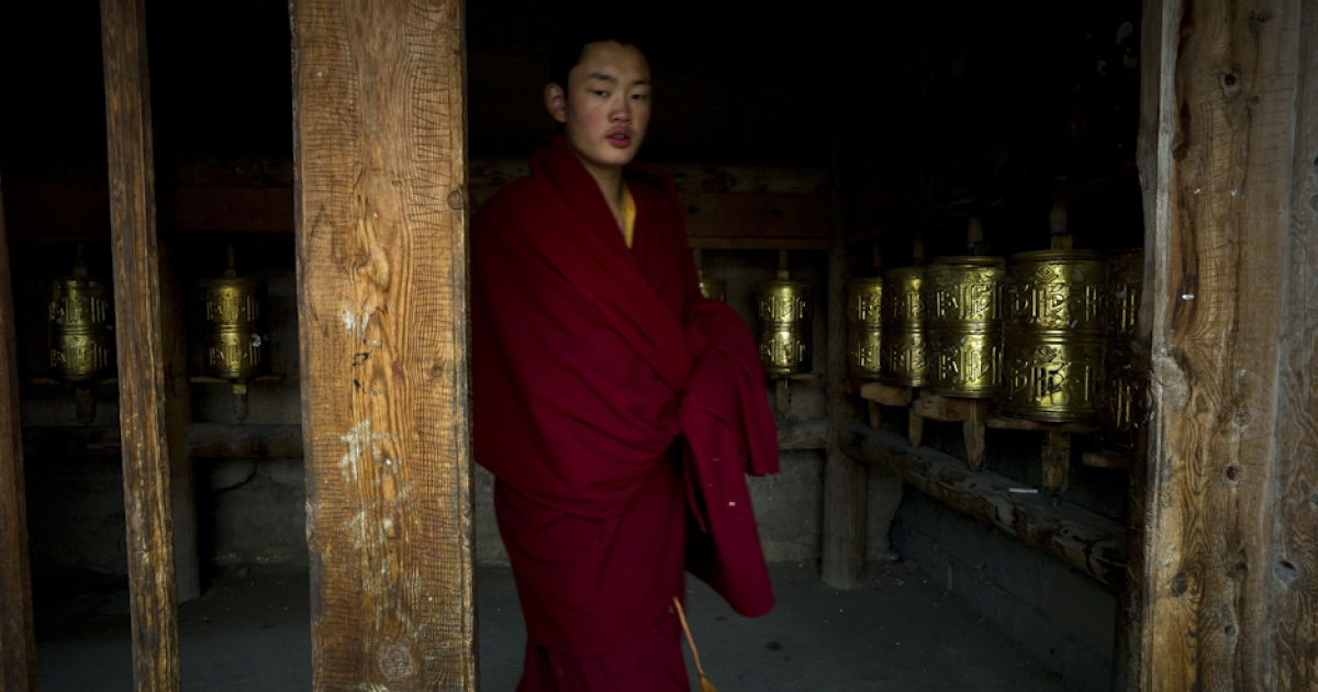 This picture taken on October 19, 2011 shows a monk at a monastery in Shanba township in China's Sichuan province.</p>