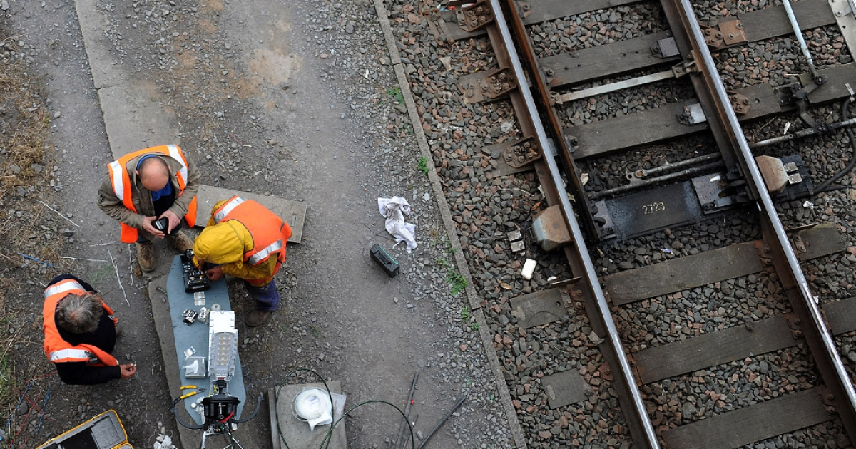 Repairmen in France work to replace metal stolen from French railways.  As copper prices shoot up, an epidemic of metal thievery is plaguing parts of Europe.</p>