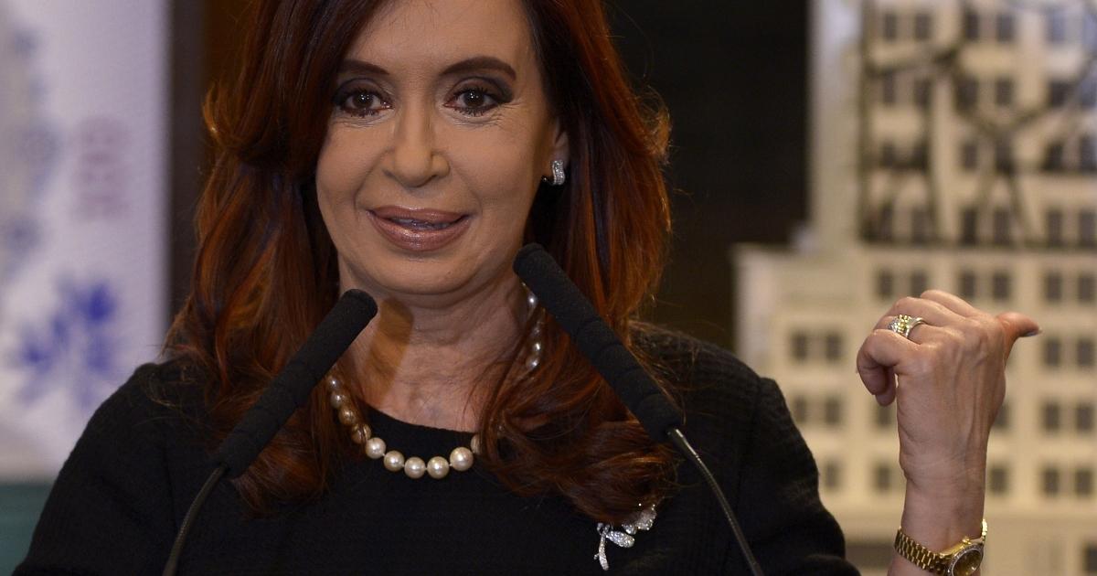 Argentine President Cristina Fernandez de Kirchner speaks during the presentation of the new 100 pesos bill with the portrait of Eva Duarte de Peron.</p>