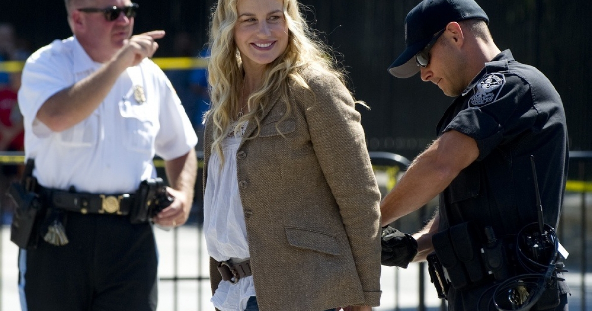 Even American actress Daryl Hannah protested the pipeline.</p>