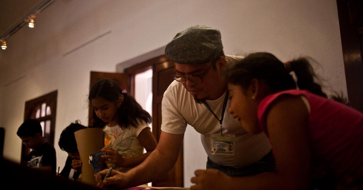 Guatemalan artist Jorge de Leon.</p>
