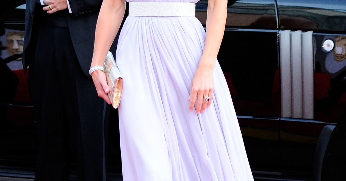 Catherine, Duchess of Cambridge arrives at the BAFTA Brits To Watch event held at the Belasco Theatre on July 9, 2011 in Los Angeles, California.</p>
