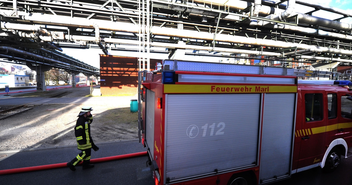 A tank exploded at the Evonik Degussa plant in the western city of Marl on Saturday and started a blaze, which about 100 firefighters managed to bring under control.</p>