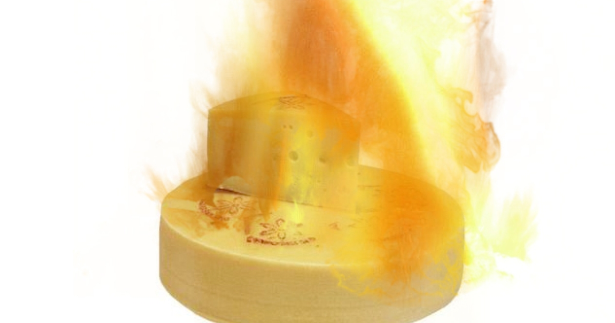 Flaming cheese: the danger is real.</p>