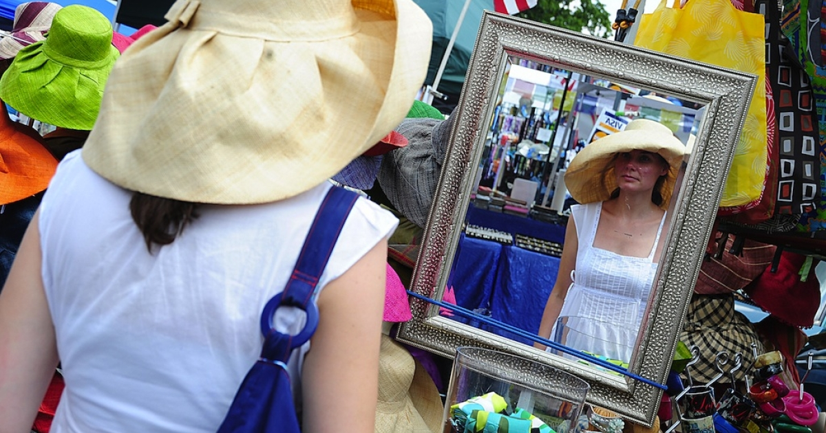 Flea markets are great places to buy cheap hats, books, clothes and, for one Virginia woman, Renoir masterpieces.</p>