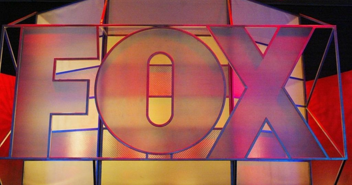 UNIVERSAL CITY, CA - JANUARY 17:  Fox Network logo is displayed during the 2005 Television Critics Winter Press Tour at the Hilton Universal Hotel on January 17, 2005 in Universal City, California.  (Photo by Frederick M. Brown/Getty Images) *** Local Caption *** Fox</p>