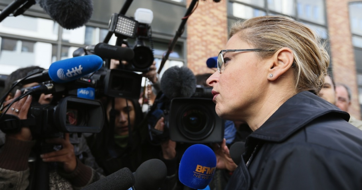 Caty Richard lawyer of Montpellier's Tunisian player Wissem Hmam speaks to the press in Nanterre, France on Oct. 1, 2012. A prosecutor is expected to give details of suspected match-fixing and illegal betting in handball on Monday, a day after police detained several players including one of the biggest stars of the game.</p>