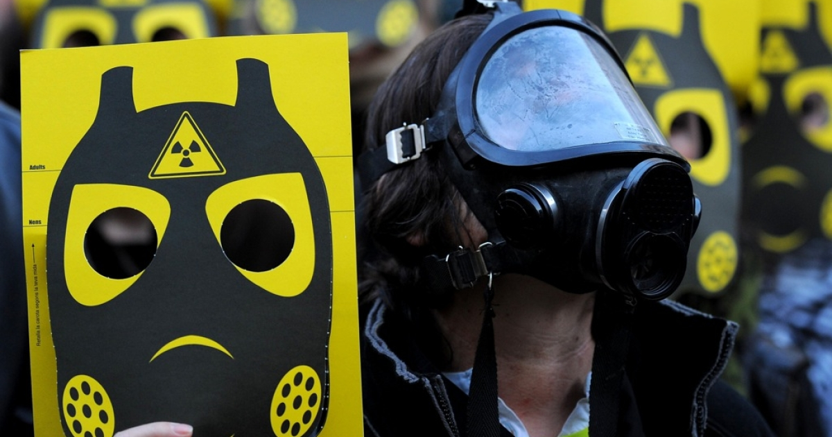 Anti-nuclear activists demonstrate on March 17 in Barcelona, Spain in reaction to the Fukushima nuclear accident in Japan. The debate over nuclear safety has  reignited worldwide, as workers in Fukushima desperately seek to prevent a nuclear meltdown.</p>