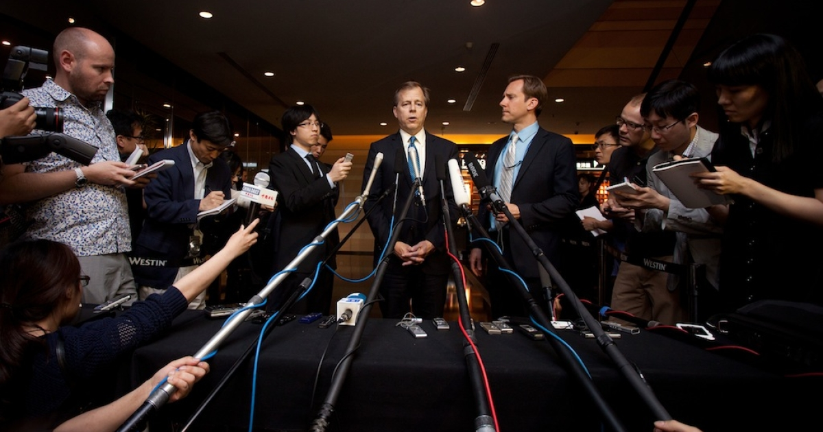 US special envoy for North Korea policy Glyn Davies (C) gives a press conference at a hotel in Beijing on May 22, 2012. A senior US official warned North Korea against conducting another nuclear test, saying it would be a 'serious mistake' that would incur more sanctions and further isolation.</p>