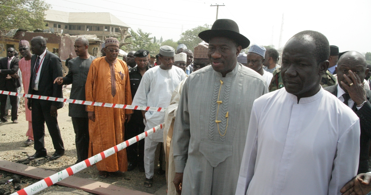 Hundreds of Nigerian are reported to have fled the north of the country as the death toll rises from attacks attributed to Boko Haram, an Islamist militant group bent on establishing Sharia law in Nigeria.  Nigerian President Goodluck Jonathan (2ndR) near the capital Abuja on December 31, 2011 while visiting a church where a bomb blast killed dozens on Christmas day.</p>
