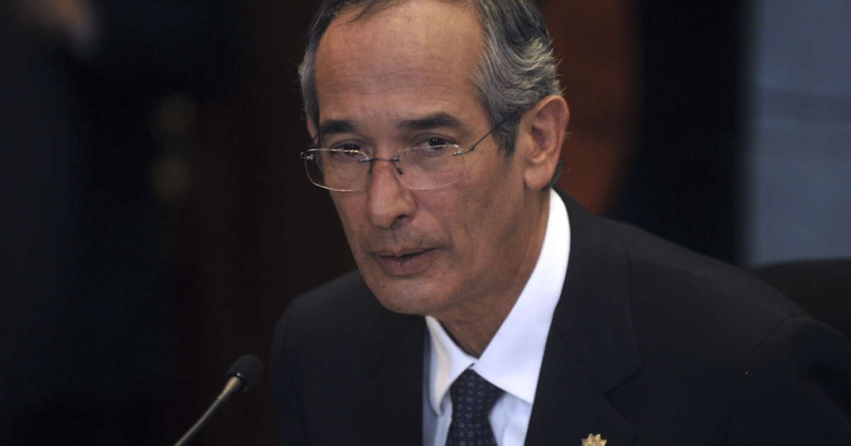 Guatemala's President Alvaro Colom at a press conference in Guatemala City on October 1, 2010 where he described as