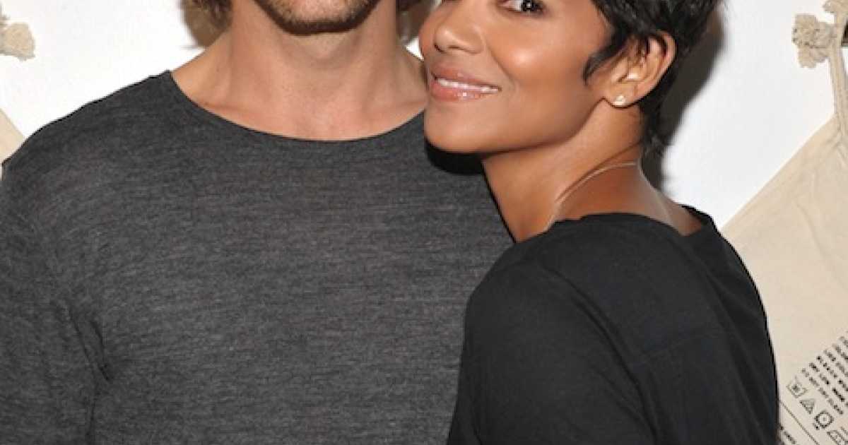Halle Berry and her ex Gabriel Aubry pictured here at 1969 Jean Shop on August 6, 2009 in West Hollywood, California. Berry is reportedly seeking a restraining order against Aubry after a Thanksgiving Day fight.</p>