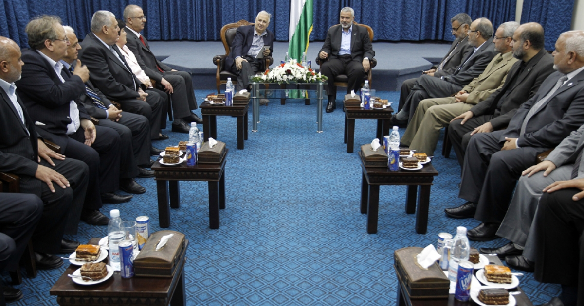 The head of Gaza's Hamas government, Ismail Haniya (C-R), meets with members of the Central Elections Commission in Gaza City on May 28, 2012 as CEC officials prepare to begin work on updating the electoral register in the Gaza Strip, a key step to pave the way for elections.</p>