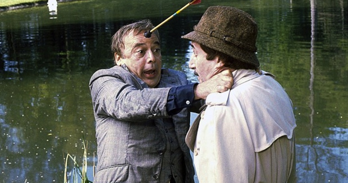 Herbert Lom, left, and Peter Sellers in 'The Pink Panther Strikes Again.' (Bloomberg)</p>