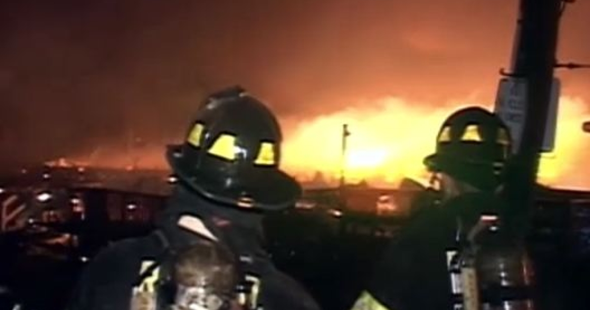 A fire destroyed at least 80 homes in Queen's neighborhood Breezy Point.</p>
