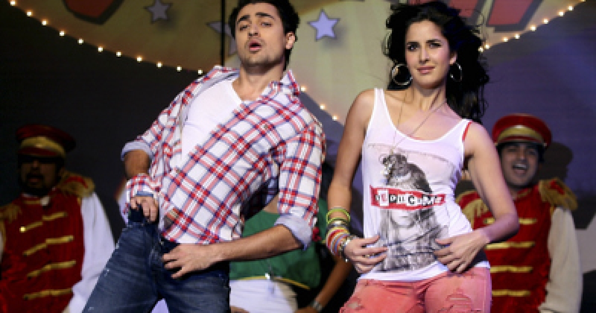 "Indian Bollywood actor Imran Khan (L) and actress Katrina Kaif take part in a dance performance during the music launch for the forthcoming Hindi film ""Mere Brother Ki Dulhan"" in Mumbai late August 9, 2011.</p>"
