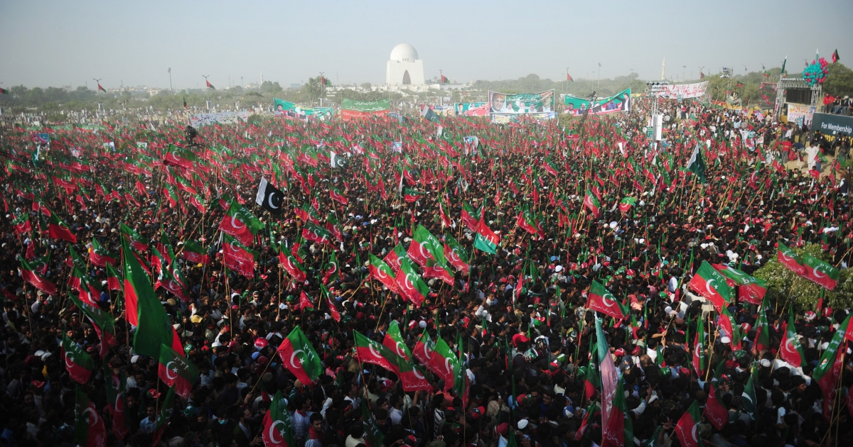 Over 100,000 people rallied in support of Imran Khan in Pakistan's port city of Karachi, boosting his image as a rising political force.</p>