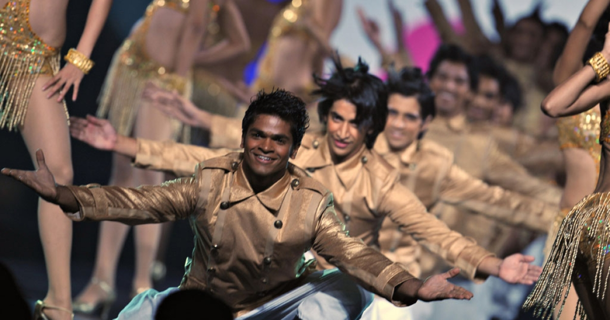 Performers dance at the 10th International Indian Film Academy awards, otherwise known as the Bollywood Oscars, in Macau on June 12, 2009.</p>