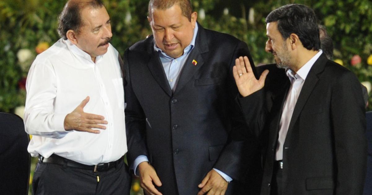 Nicaraguan President Daniel Ortega (L) Venezuelan president Hugo Chavez (C) and Iranian President Mahmoud Ahmadinejad  in Managua on January 10, 2012.</p>