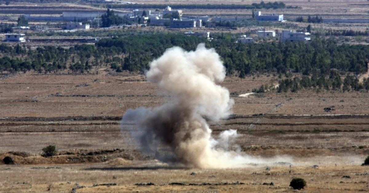 Smoke from an exploded shell on the border of Israel and Syria.</p>