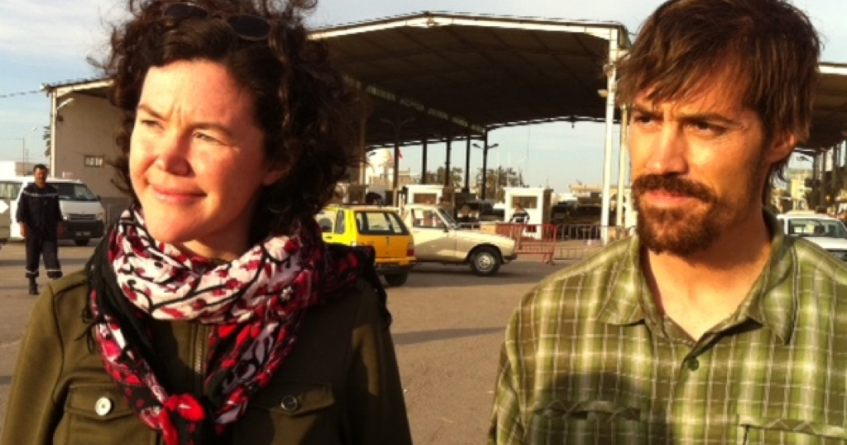 American reporters James Foley and Clare Gillis cross into Tunisia after six weeks of detention in Libya.</p>