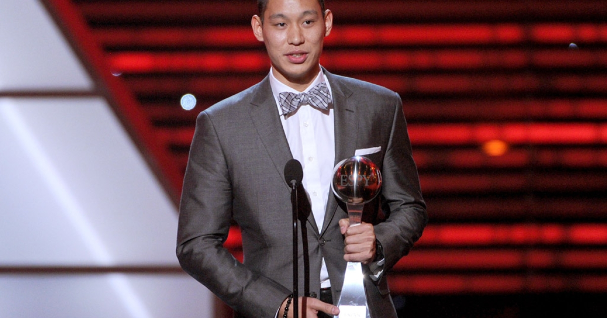 NBA player Jeremy Lin accepts the Best Breakthrough Athlete award during the ESPY Awards on July 11, 2012, in Los Angeles.</p>