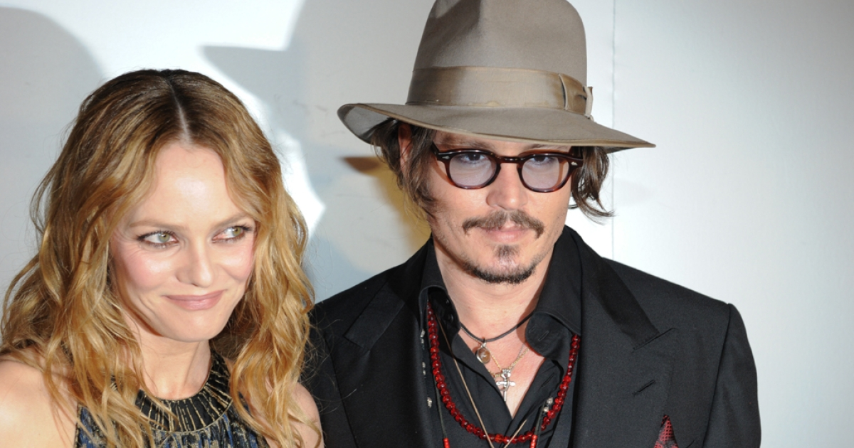 French actress Vanessa Paradis and her husband, actor Johnny Depp, arrive to attend the Figaro Madame/Chanel dinner during the 63rd Cannes Film Festival on May 18, 2010 in Cannes.</p>