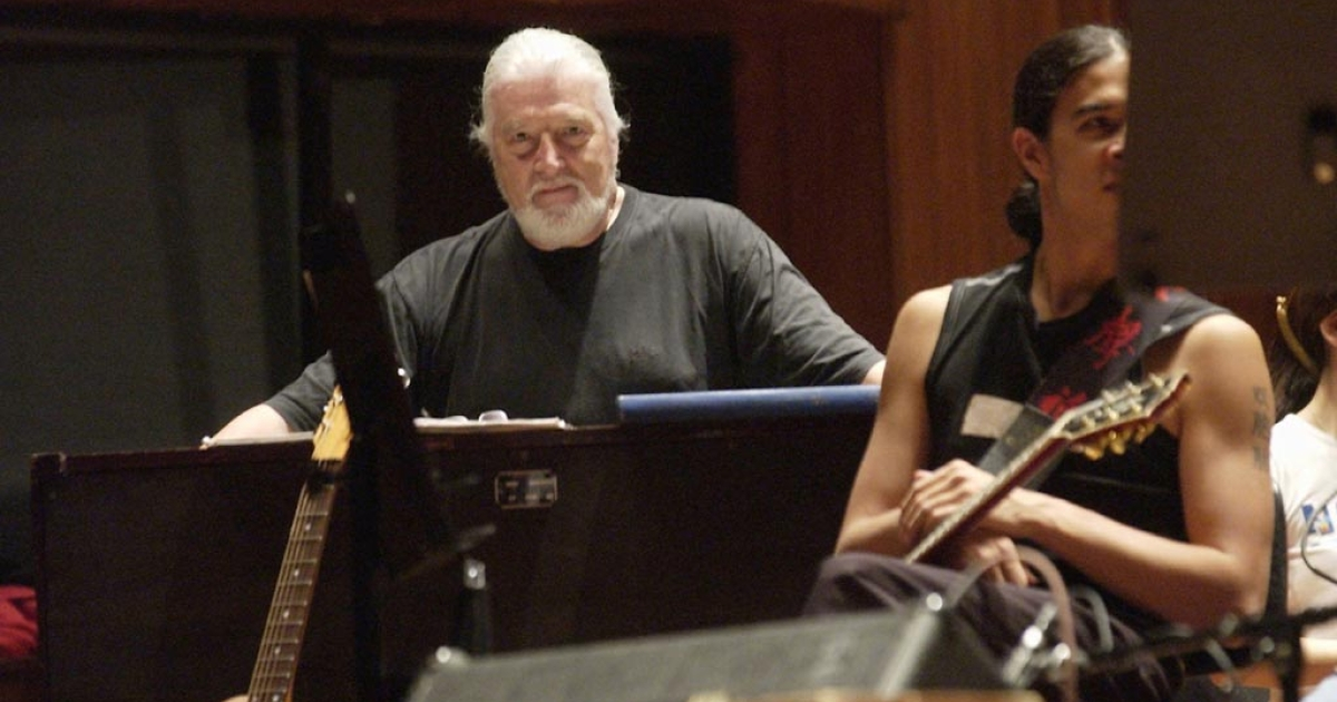 Deep Purple's Jon Lord and Australian band George rehearse at the Sydney Opera House with the Sydney Symphonic Orchestra in 2003. They performed for the Sydney Festival