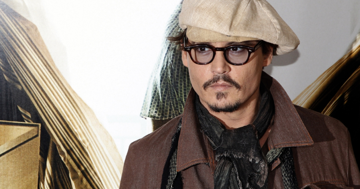 Variety reports that Hollywood actor Johnny Depp is in talks to star in Disney's film adaptation of the Broadway musical 'Into the Woods'.</p>