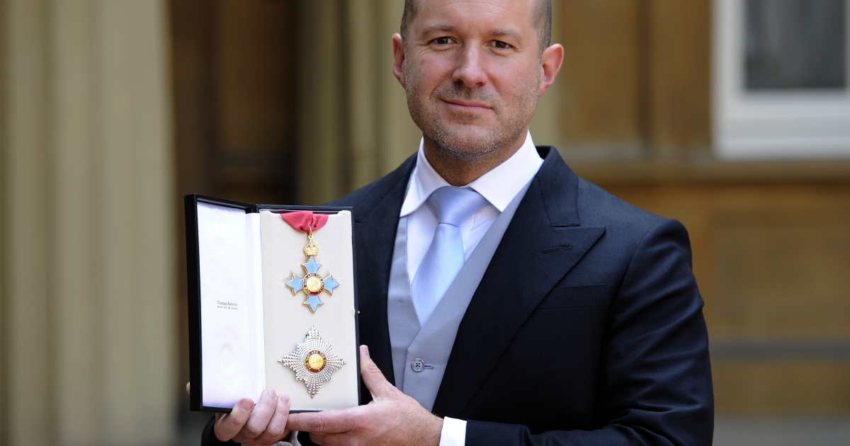 Sir Jonathan Ive, Apple's Senior Vice President of Industrial Design, with his Knight Commander medal at Buckingham Palace, London following an Investiture ceremony hosted by the Princess Royal.</p>