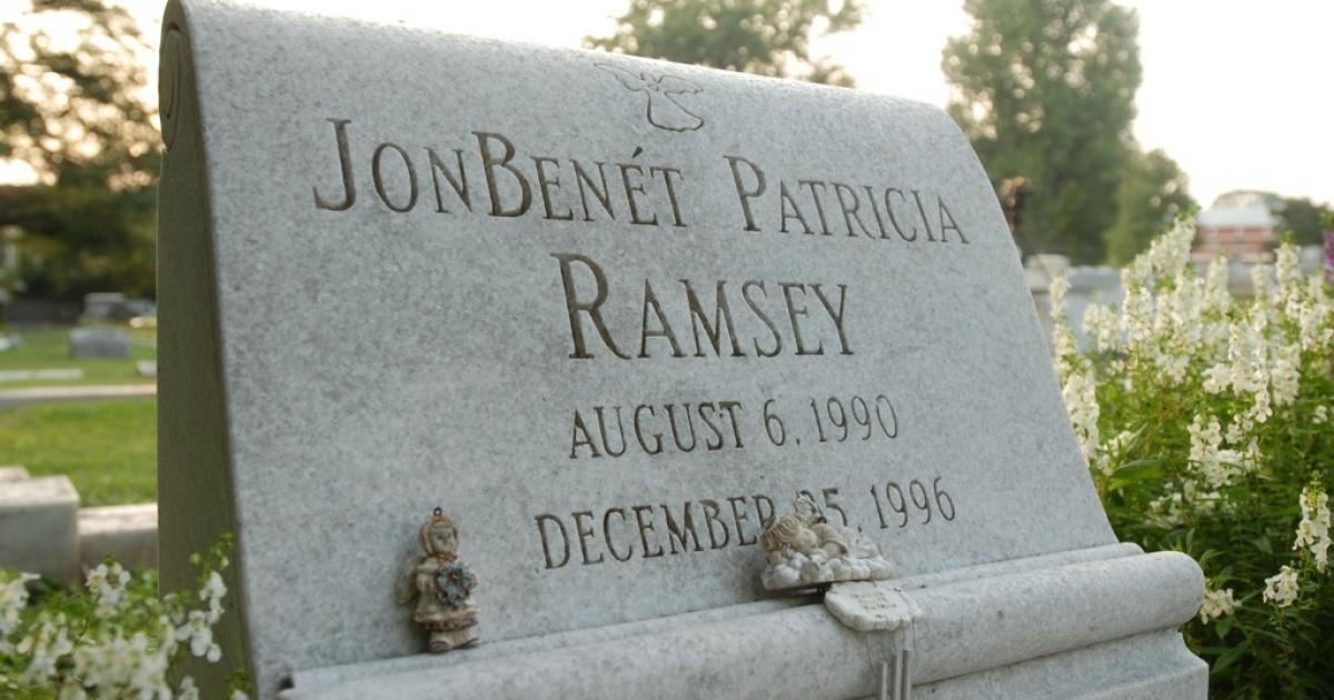 The grave of JonBenet Ramsey is shown August 16, 2006 in Marietta, Georgia.</p>
