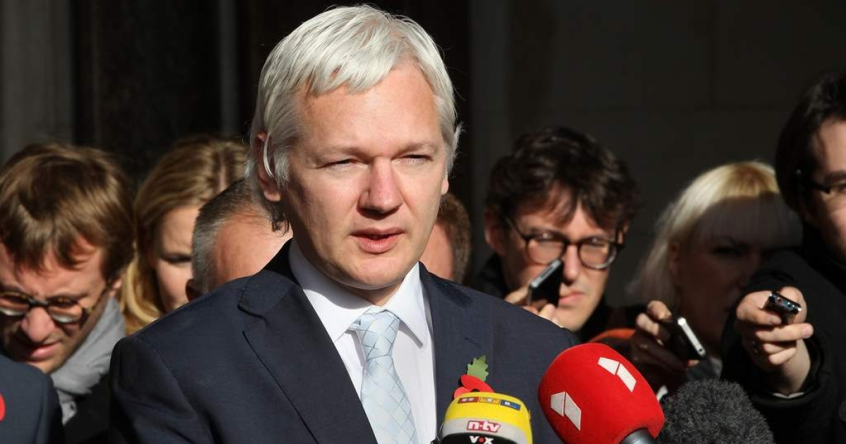 WikiLeaks founder Julian Assange arrives at The High Court on November 2, 2011 in London, England.</p>