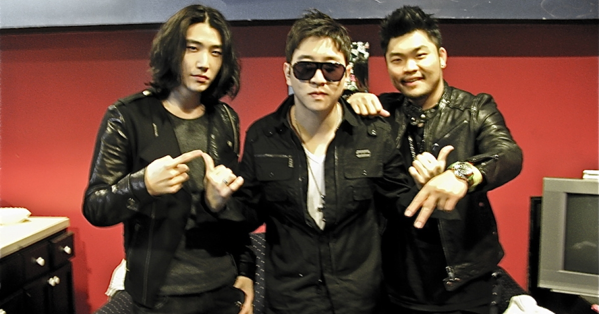 Aziatix poses for a picture before going on stage to perform for their fans in Boston, MA. on Feb. 29.</p>