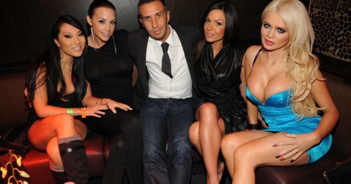 Keiran Lee and his coworkers from the Brazzers porn studio, at TAO Nightclub Las Vegas on January 19, 2012.</p>