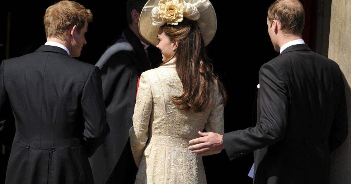Catherine, Duchess of Cambridge, donned a striking wide-brimmed hat with flowers at the back for the wedding of Prince William's cousin, Zara Philips, at Canongate Kirk in Edinburgh, Scotland on July 30, 2011.</p>