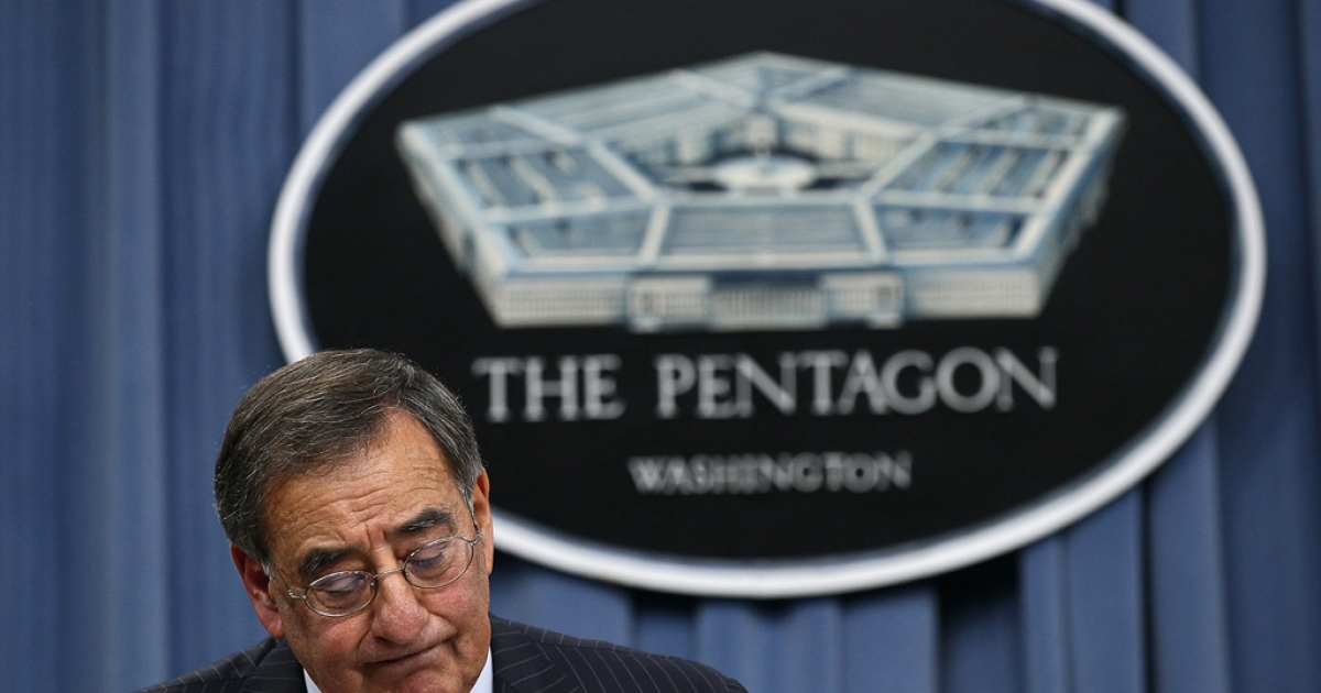 US Defense Secretary Leon Panetta announced Wednesday that US forces would leave their combat role in Afghanistan as early as 2013. He is headed to a NATO meeting in Brussels, where Afghanistan is expected to be a central topic of discussion.</p>