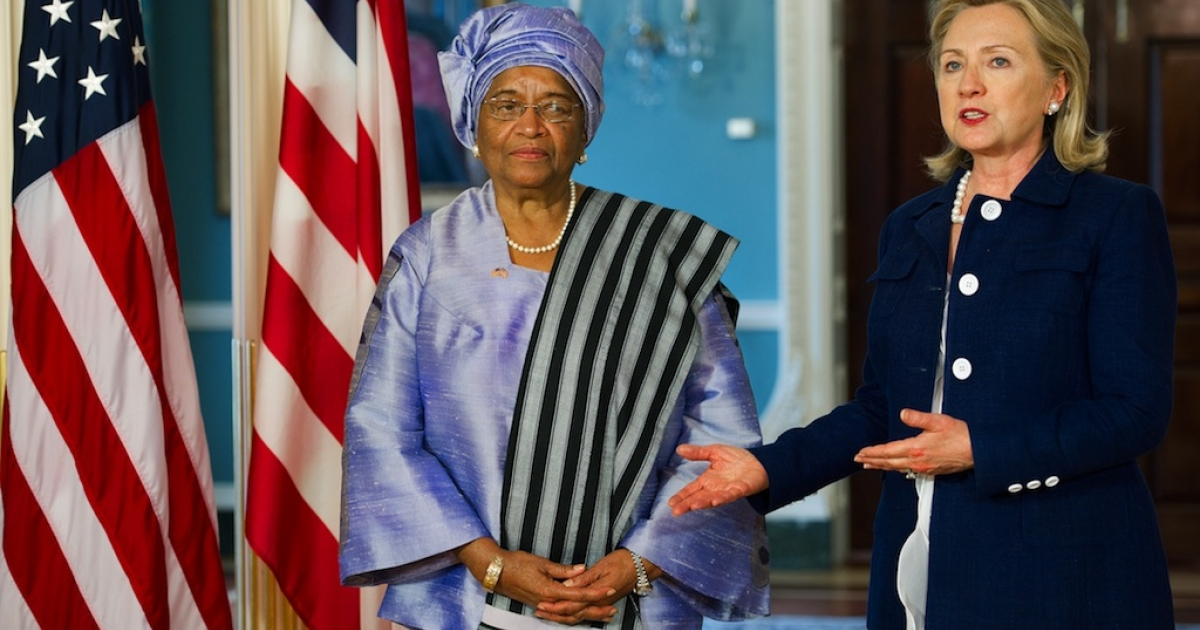 US Secretary Clinton (R) and Liberian President Ellen Johnson Sirleaf speak to the press after a private bilateral meeting at the Department of State. June 23, 2011, in Washington, DC.</p>