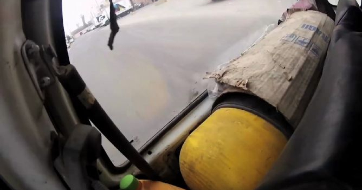 Lima taxi drivers convert their cars to natural gas.</p>