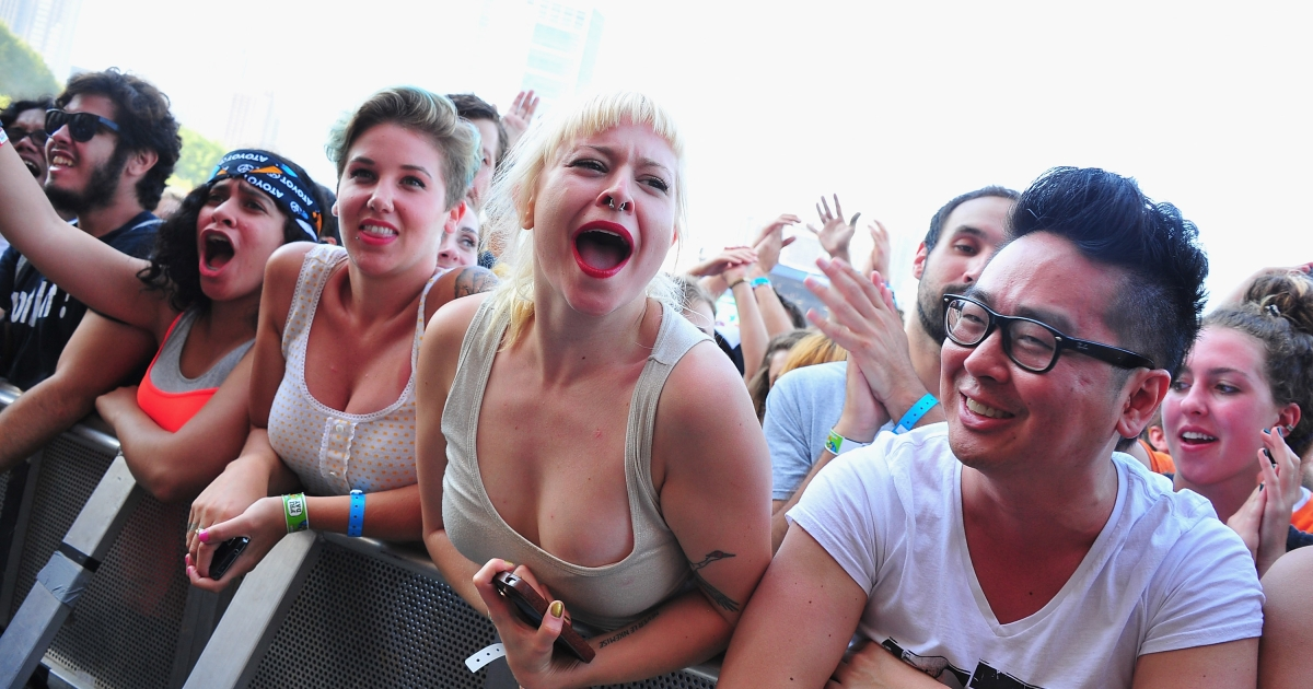 The crowd atmosphere at Lollapalooza.</p>