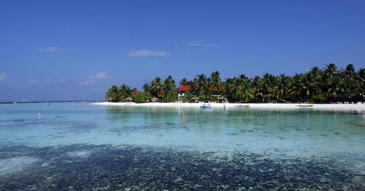 Kurumba island in the Maldives basks in the sun.</p>