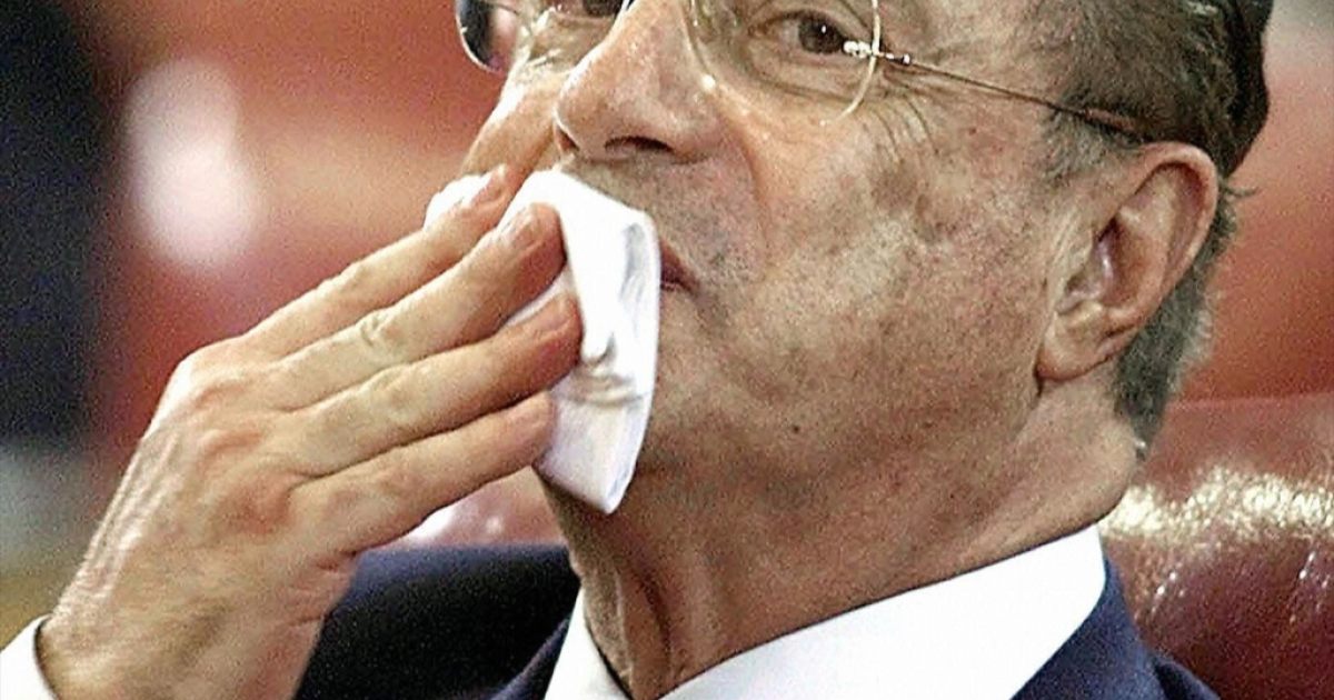 Picture taken on 10 September, 2001 of Paulo Salim Maluf, 70, former Sao Paulo mayor (1969-72 and 1993-96), whilst attending the third session of testimony before the Parliamentary Investigations Commission in Sao Paulo, Brazil. Maluf, who was under investigation accused of diverting some 130 million USD of public funds to a Swiss bank account, gave himself up to police 10 September, 2005 after a judge ordered his preventive detention.</p>