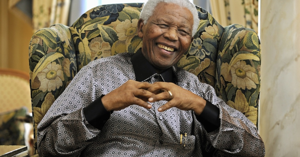 Former South African president Nelson Mandela is pictured during a meeting with Britain's Prime Minister Gordon Brown (not pictured) at his hotel, in central London, on June 24, 2008.</p>