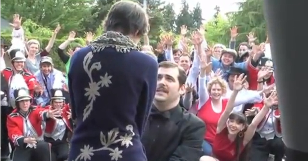 Portland-based actor Isaac Lamb proposed to his girlfriend, dancer Amy Frankel, with the help of 60 friends, a moving car, two video cameras, and a lip-dub.</p>