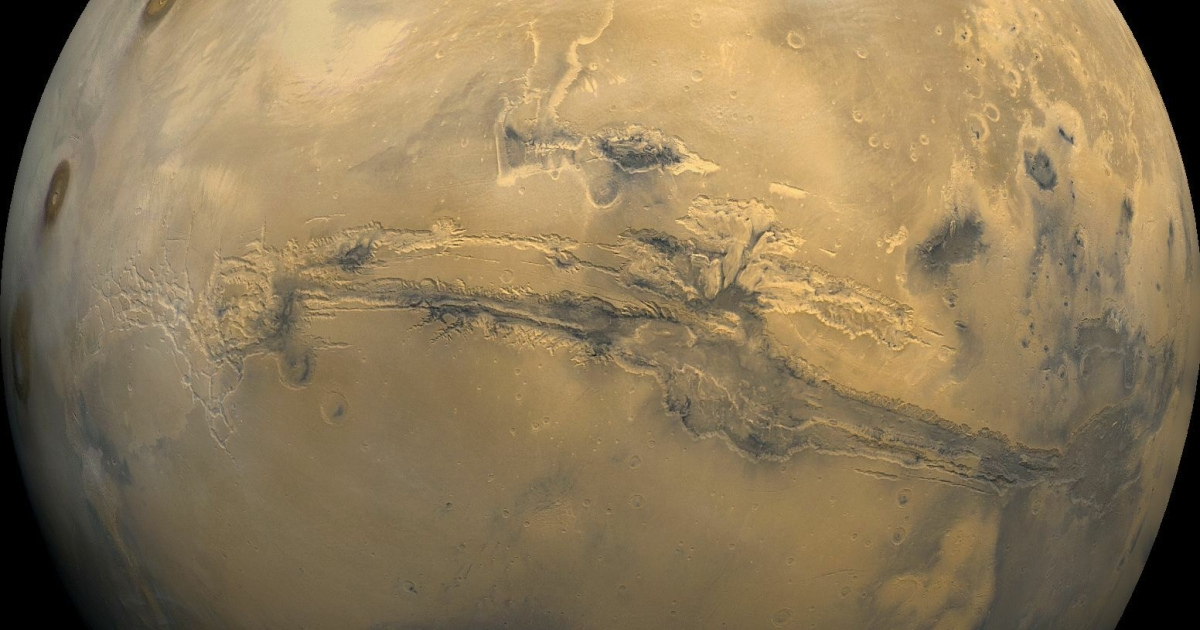 A UCLA scientist says that he has discovered evidence of plate tectonics on Mars.</p>
