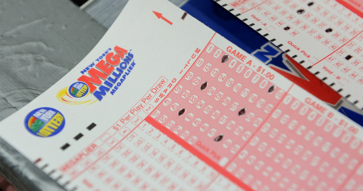 Mega Millions lottery ticket forms at a convenience store on the east side of Manhattan March 30, 2012 in New York.Three winning tickets were sold for the $640 million jackpot - in Maryland, Illinois and Kansas.</p>
