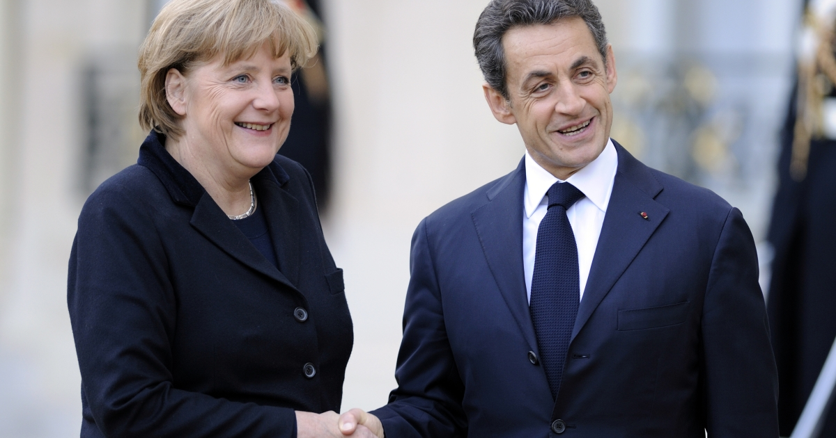 Germany and France's leaders made a joint call for euro zone treaty changes.</p>