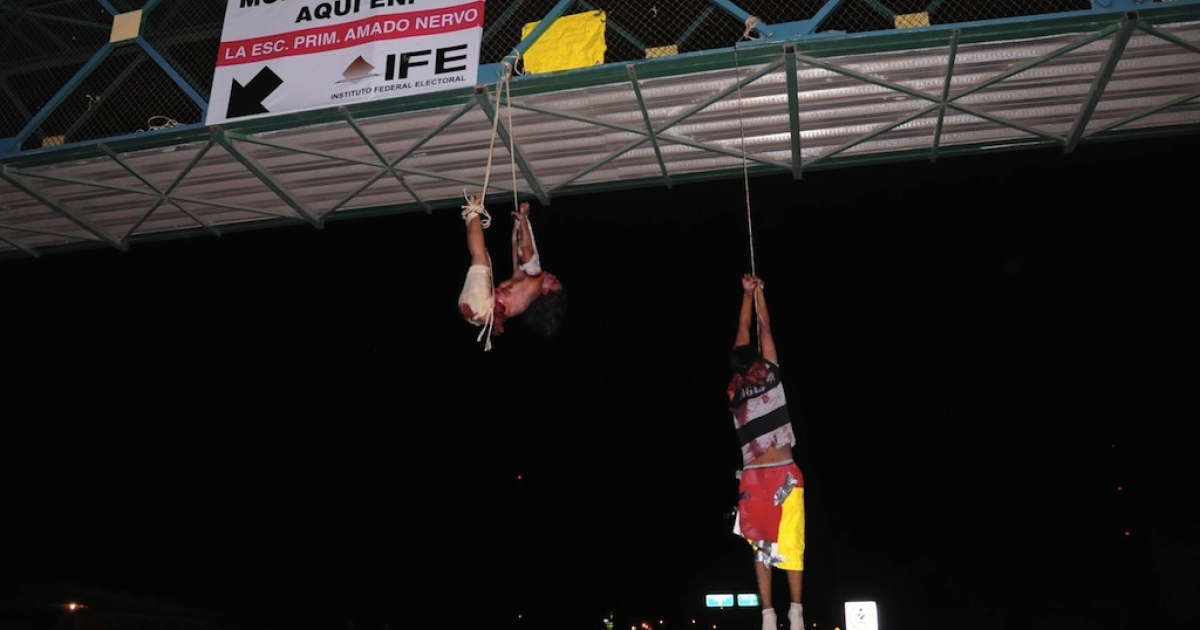 Two bloggers hanged from a bridge in Nuevo Laredo in September</p>