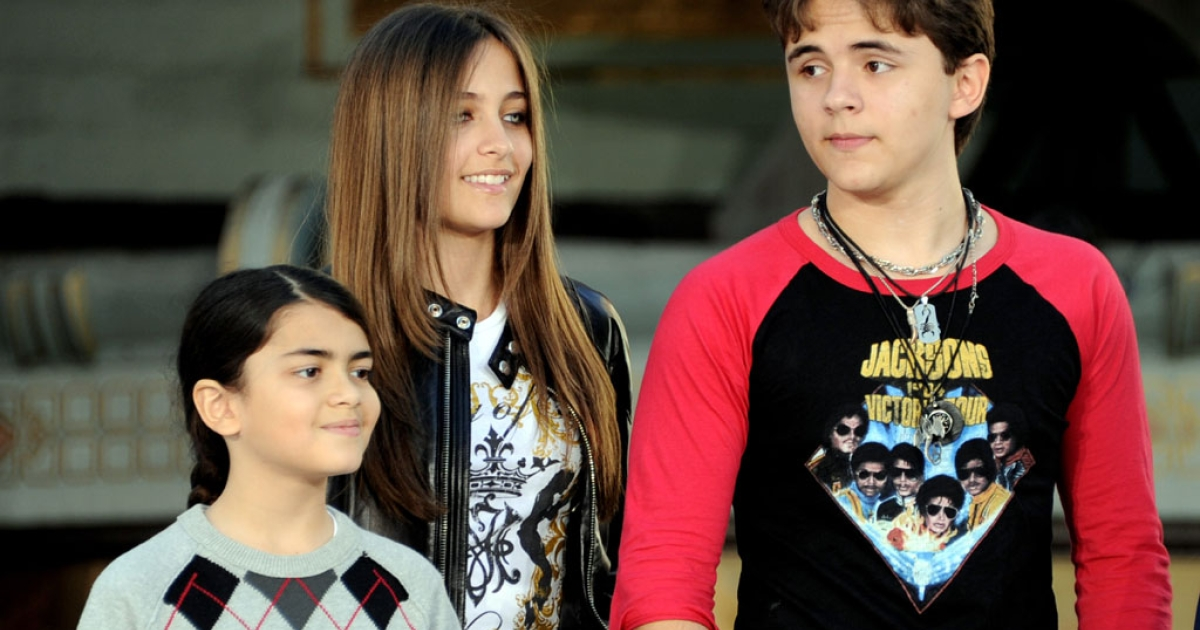 (L-R) Blanket Jackson, Paris Jackson and Prince Jackson appear at the Michael Jackson Hand and Footprint ceremony at Grauman's Chinese Theatre on January 26, 2012 in Los Angeles.</p>