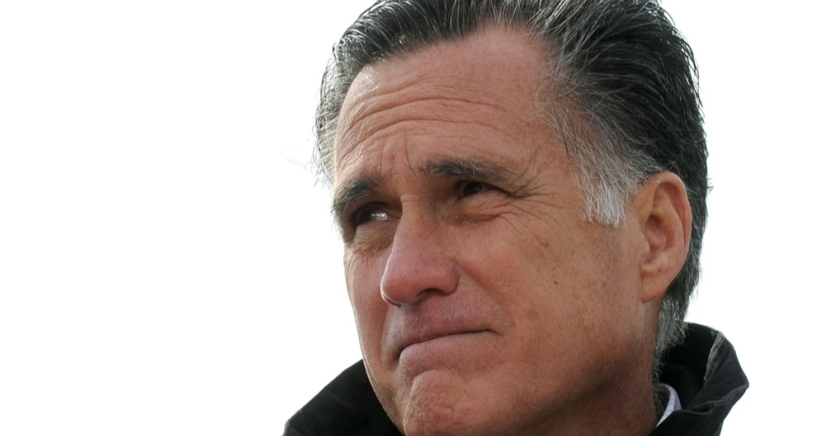 Republican presidential candidate, former Massachusetts Gov. Mitt Romney speaks to supporters at a rally on a farm on October 9, 2012 near Van Meter, Iowa.</p>